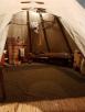 L'intérieur d'un tepee/Inside a tepee