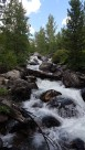 Début de la randonnée Taggart Lake Trail avec une petite cascade