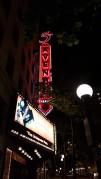 Le théâtre/cinéma en redescendant la 5e avenue